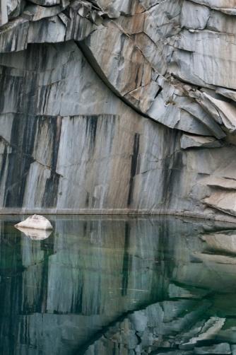 Granite-7636