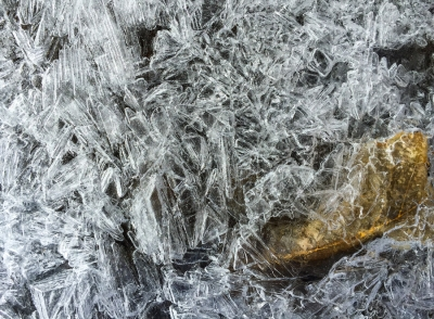 Ice-2370